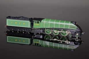 "Wrenn ""Bittern"" 4464 LNER Apple Green Class A4 Pacific Locomotive W2413"