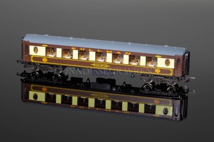 "Wrenn P4 ""PULLMAN"" Parlour Car No.86 model W6001/B"
