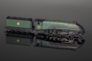 "Bachmann A4 60013 ""Dominion of New Zealand"" BR Green model 31-955"