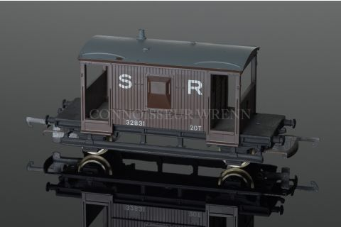Wrenn S R  Brown 20T Guards Van running no. 32831 model reference W5038