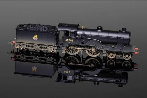 Hornby BR Early Crest 4-4-0 D16/3 Class Loco running no. 62581 model R3303